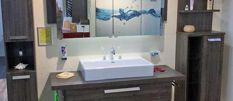 notre assortiment de salles de bains fust cuisine bain. Black Bedroom Furniture Sets. Home Design Ideas